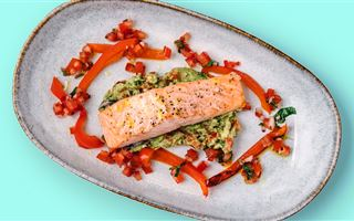 Baked salmon with spiced avocado mash